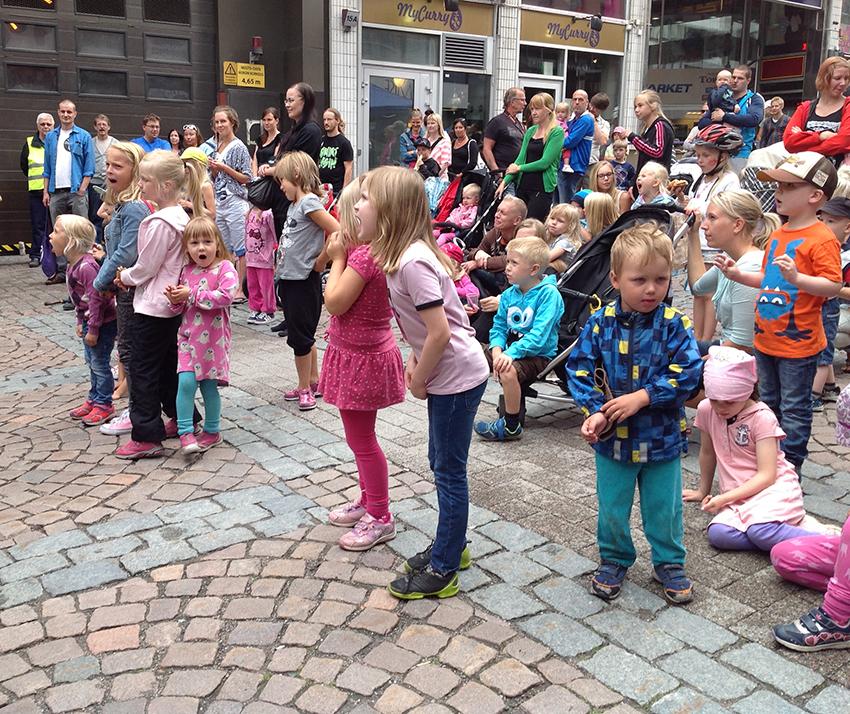 Lahti Block Party osallisti kaupunkilaisia taidetoimintaan yli sukupolvirajojen 2014